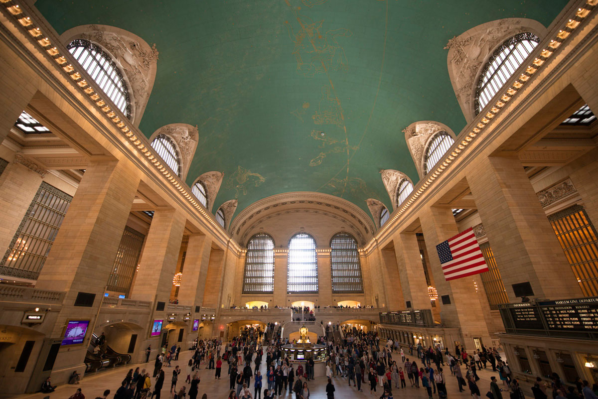 """""""Grand Central"""" with the D800E at f/2.8 1/90 ISO800 @ 15mm."""