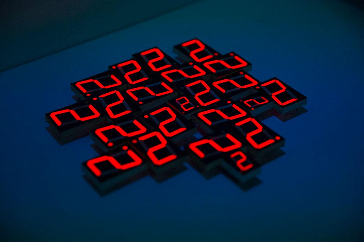 """""""2"""" em f/2.8 1/120 ISO3200 @ 70mm, contraste per-fe-i-to."""