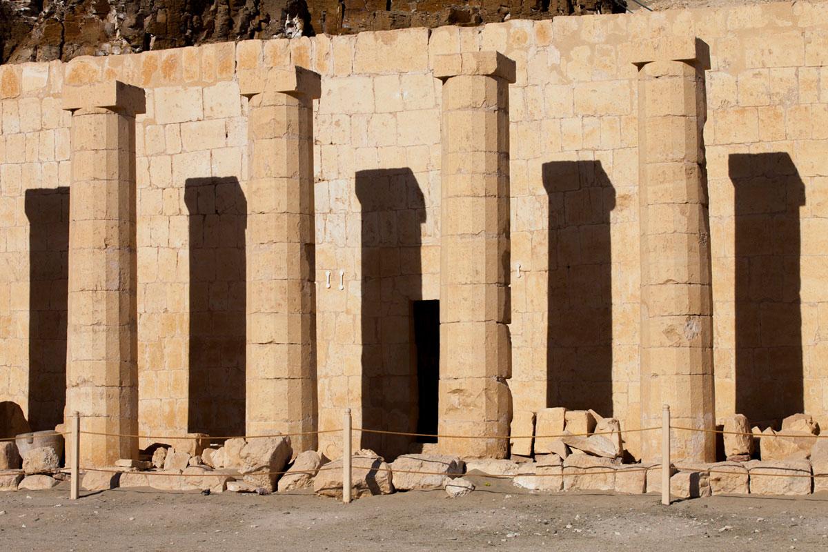"""""""Colunas"""" em f/11 1/125 ISO50 @ 88mm, composições gráficas com DoF longa."""