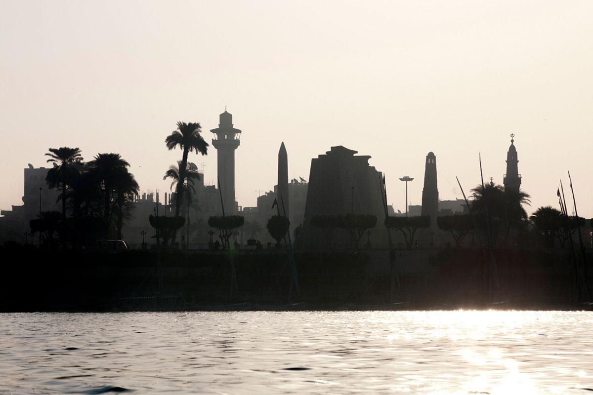 """""""Luxor 2"""" em f/8 1/750 ISO50 @ 150mm, contraste perfeito contra luz."""