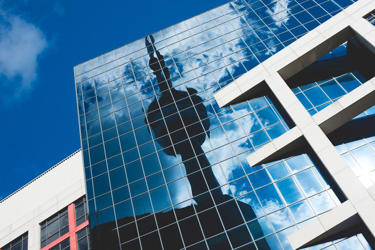 """CN Tower"" em f/6.3 1/800 ISO100."