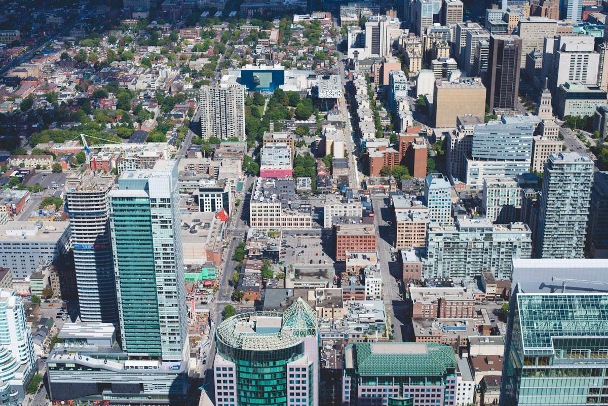"""""""Toronto I"""" em f/6.3 1/200 ISO100."""