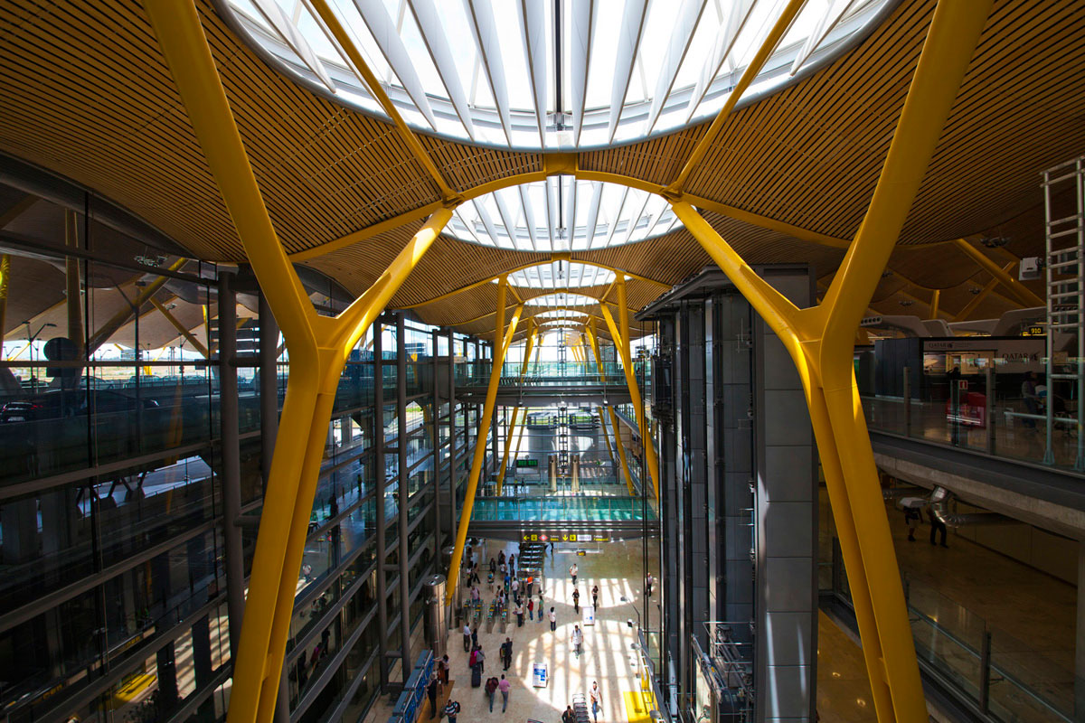 """""""Terminal 3"""" em f/6.7 1/45 ISO200 @ 12mm, quatro andares na mesma composição."""