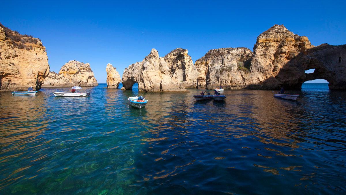 """""""Algarve"""" em f/8 1/180 ISO100 @ 12mm, e nem é notada no dia a dia."""