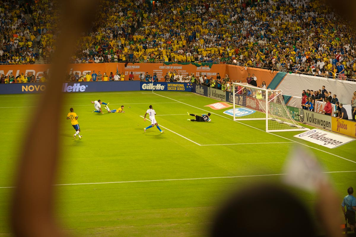 """""""Neymar"""" com a D800E em f/2 1/1500 ISO800."""