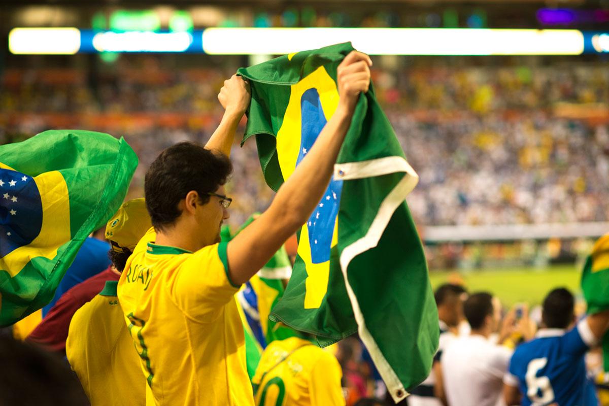 """""""Brasil"""" em f/2 1/500 ISO800."""