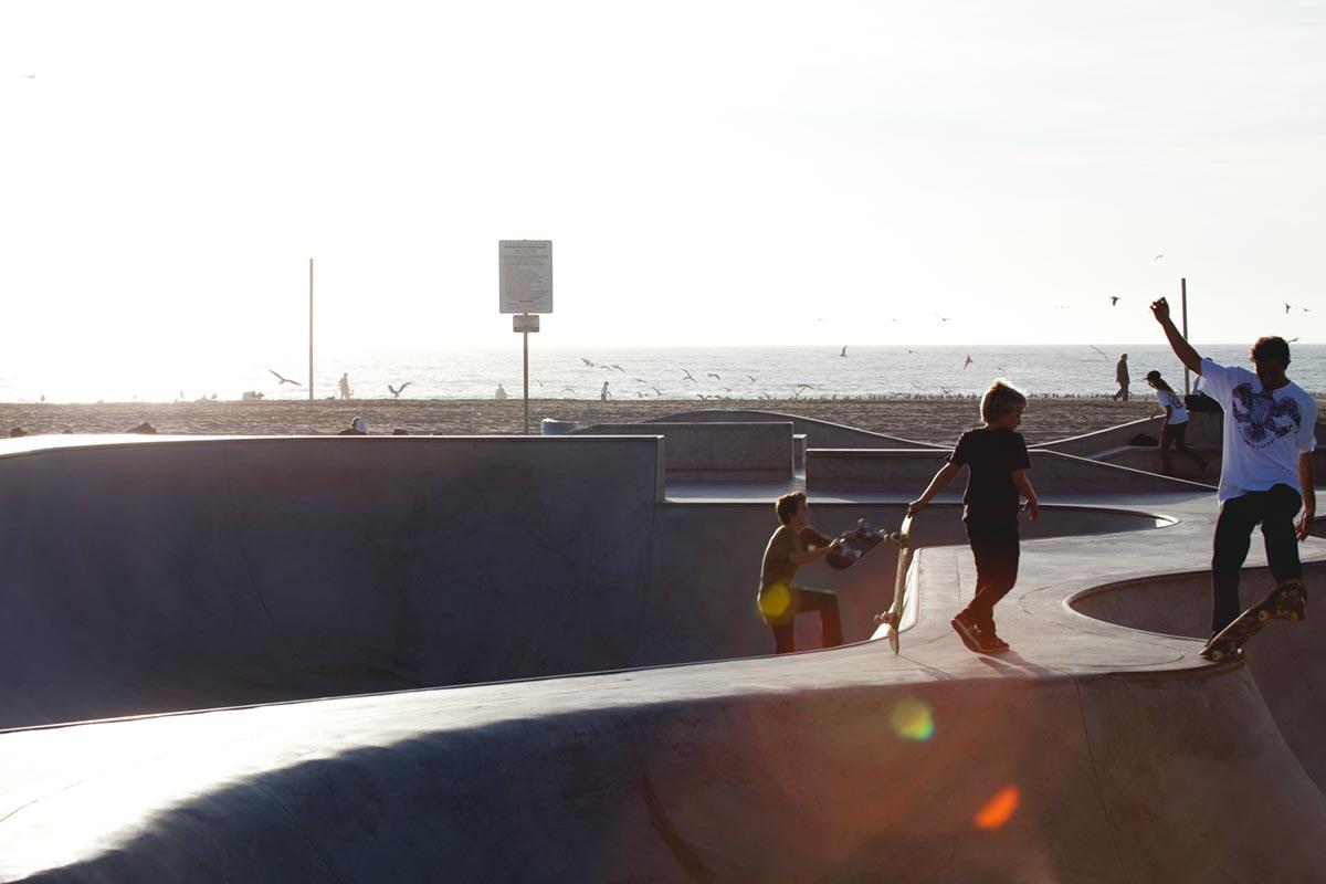 """""""Skate Plaza"""" em f/13 1/125 ISO100 @ 70mm; note o canto inferior direito."""