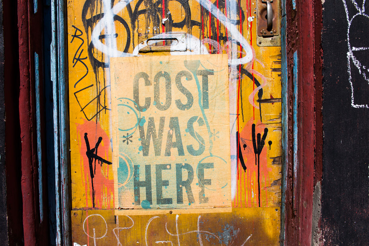 """Cost was here"" em f/8 1/350 ISO100."