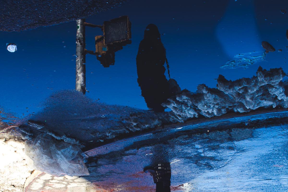 """""""Reflexo"""" com a EOS M em f/6.7 1/180 ISO100; distância perfeita a fotografia de rua."""