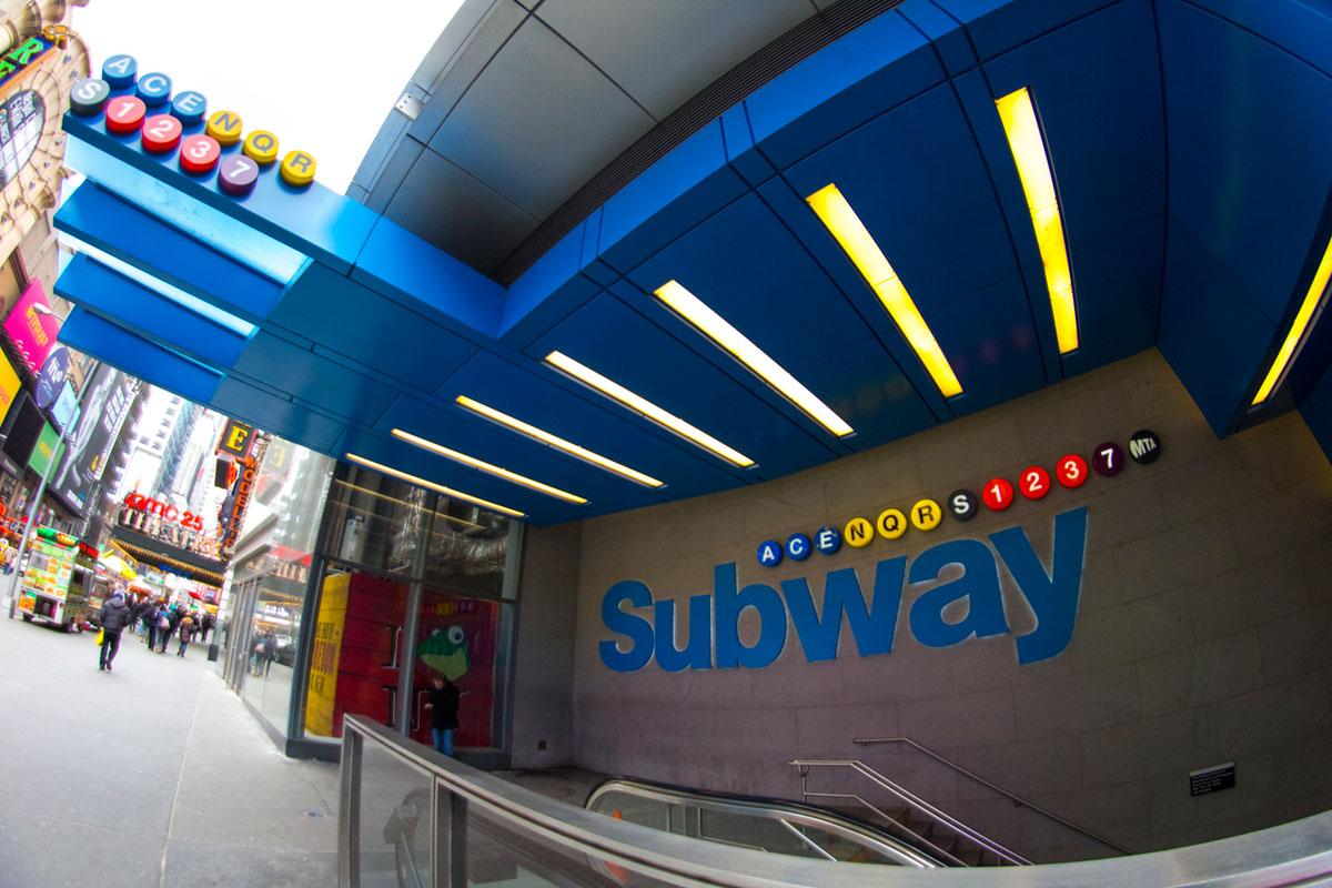 """""""Subway"""" at 1/250 ISO400."""