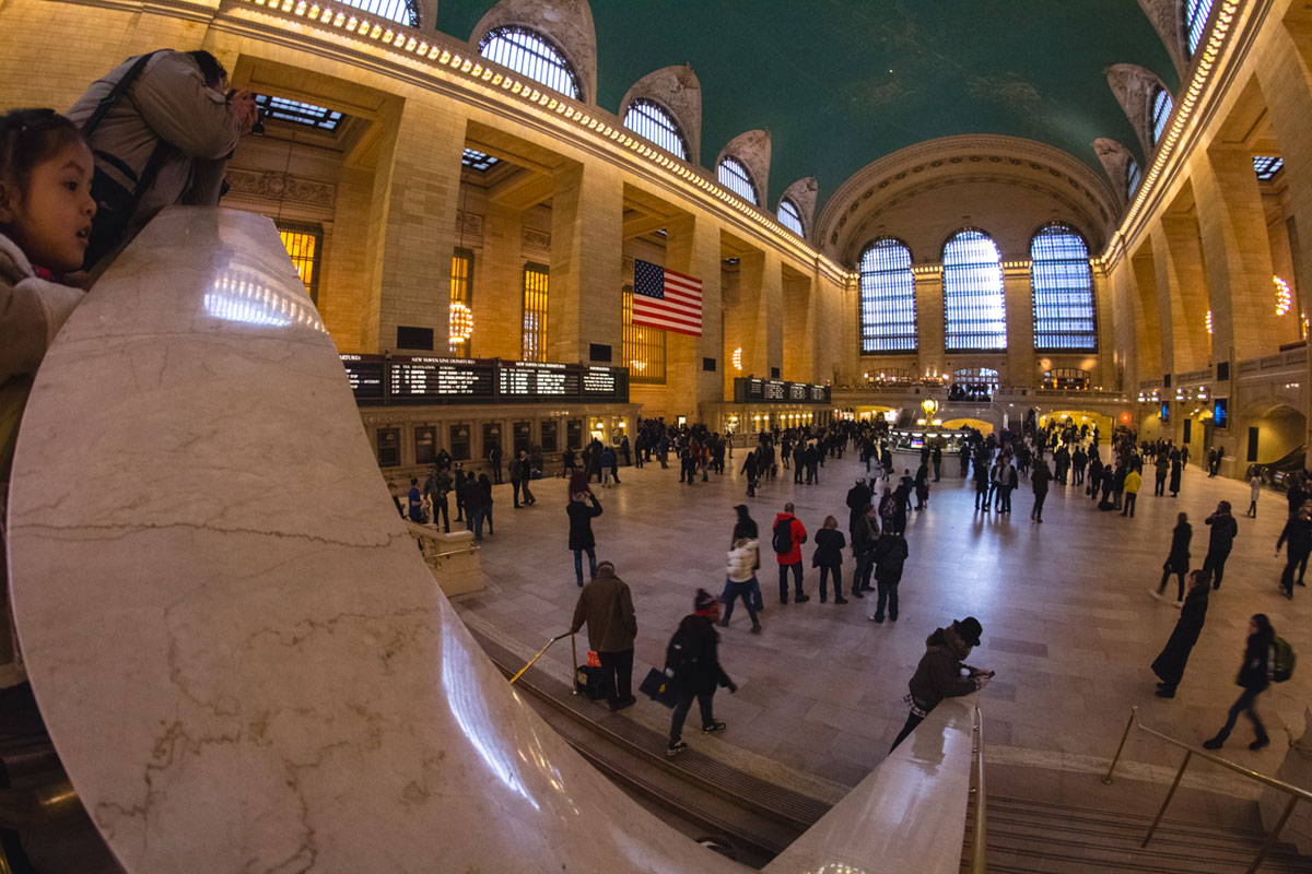 """Grand Central"" com a EOS M em 1/15 ISO1600; look fisheye 180º no APS-C."