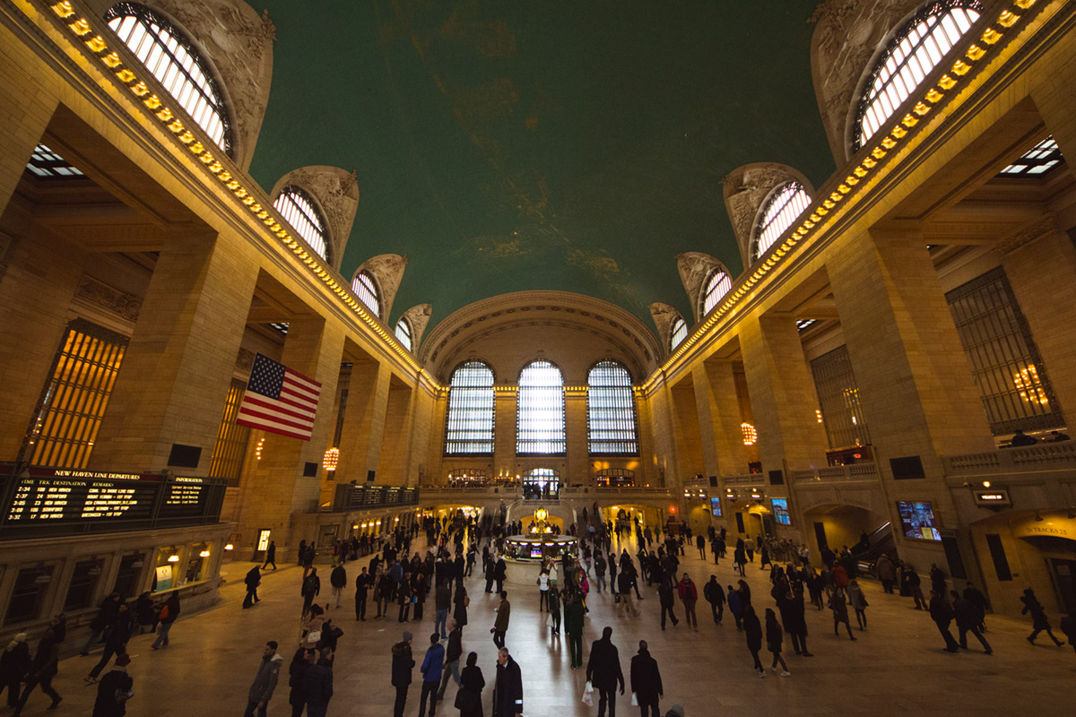 """Grand Central IV"" em f/4.5 1/60 ISO1600 @ 8mm."