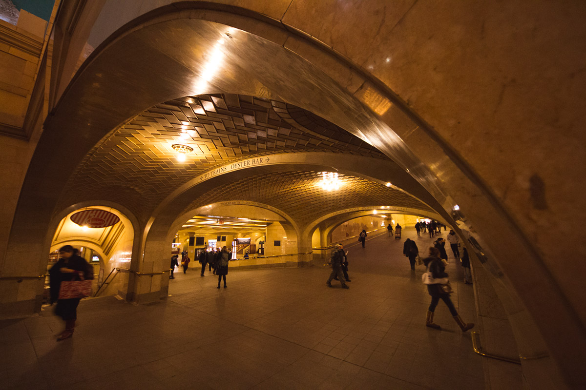 """""""Grand Central III"""" em f/4.5 1/20 ISO1600 @ 8mm."""