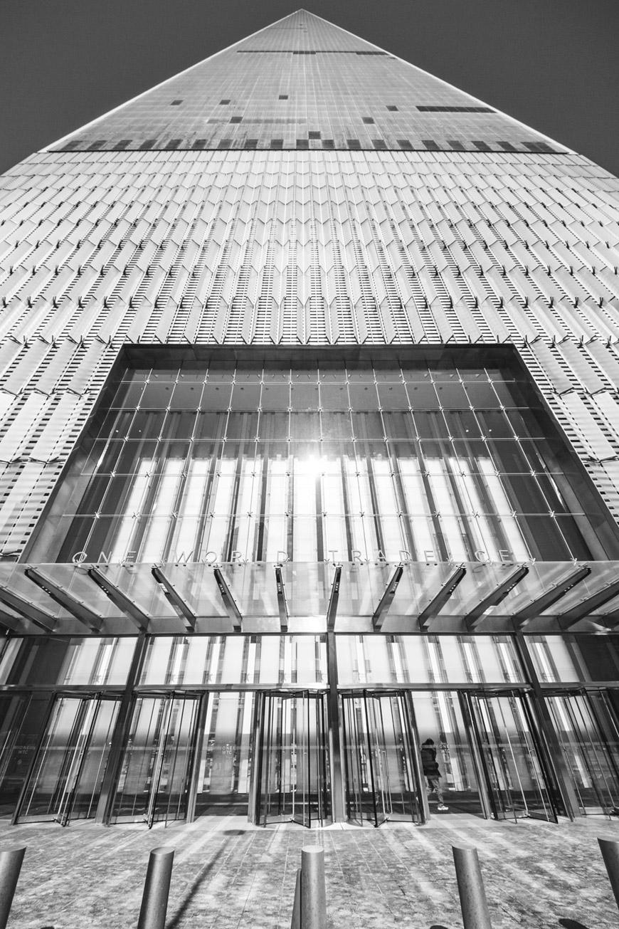 """""""One WTC"""" em f/8 1/750 ISO100 @ 8mm; pior caso de distorção no dia a dia."""