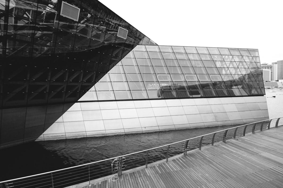 """""""///"""" em f/8 1/200 ISO100 @ 10mm, arquitetura com composição simples."""