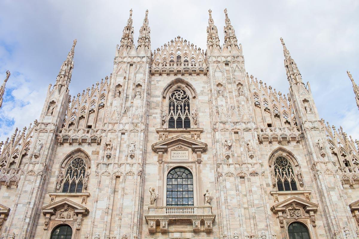 """Duomo di Milano"" em f/8 1/200 ISO100."