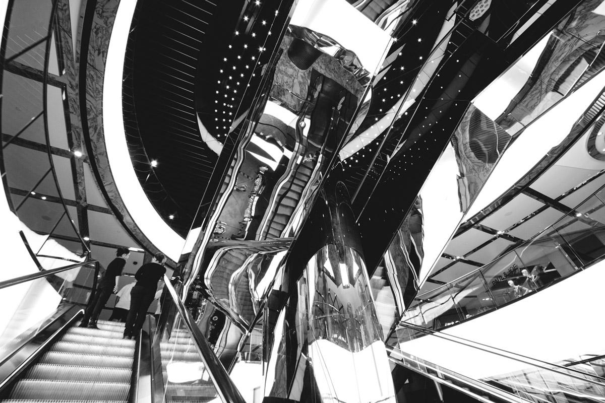 """""""Escadas II"""" em f/8 1/25 ISO400 @ 10mm."""