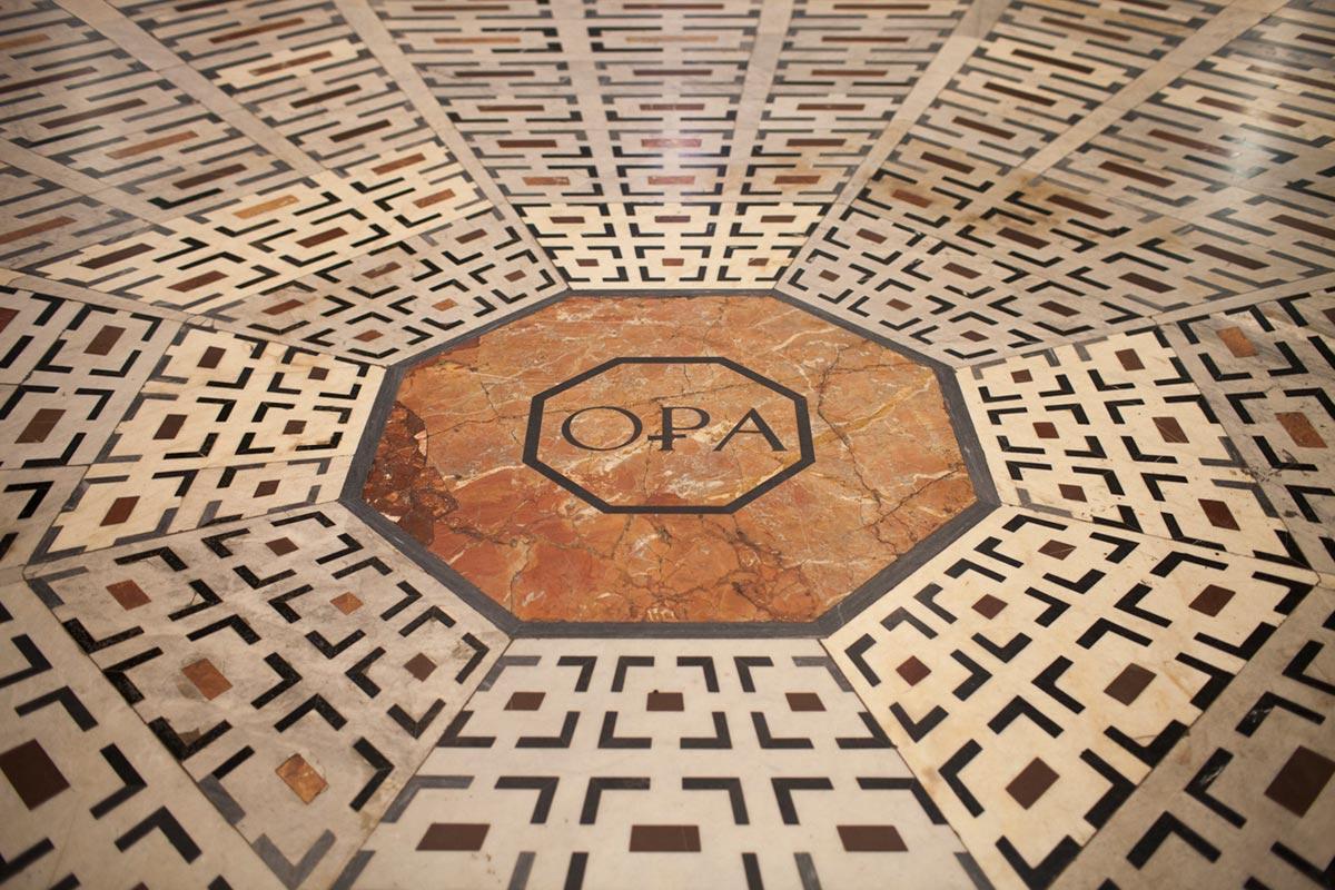"""""""OPA"""" em f/2.2 1/40 ISO800."""