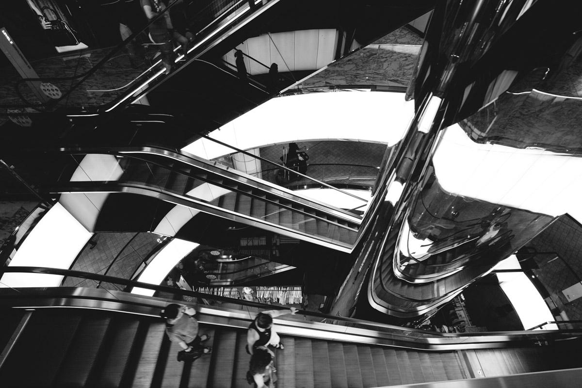 """""""Escadas IV"""" em f/8 1/30 ISO100 @ 10mm."""