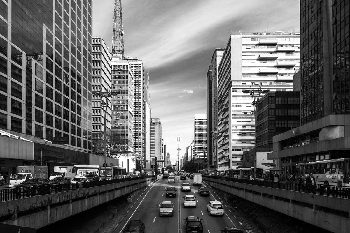 """Avenida Paulista"" em f/8 1/200 ISO100."