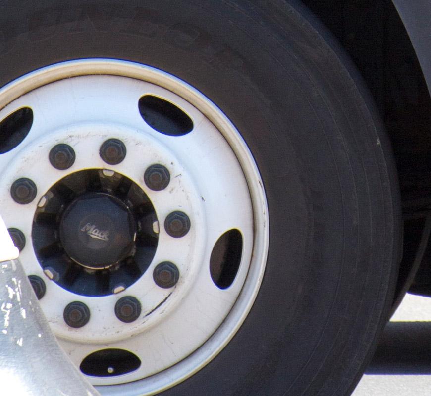 bus wheel