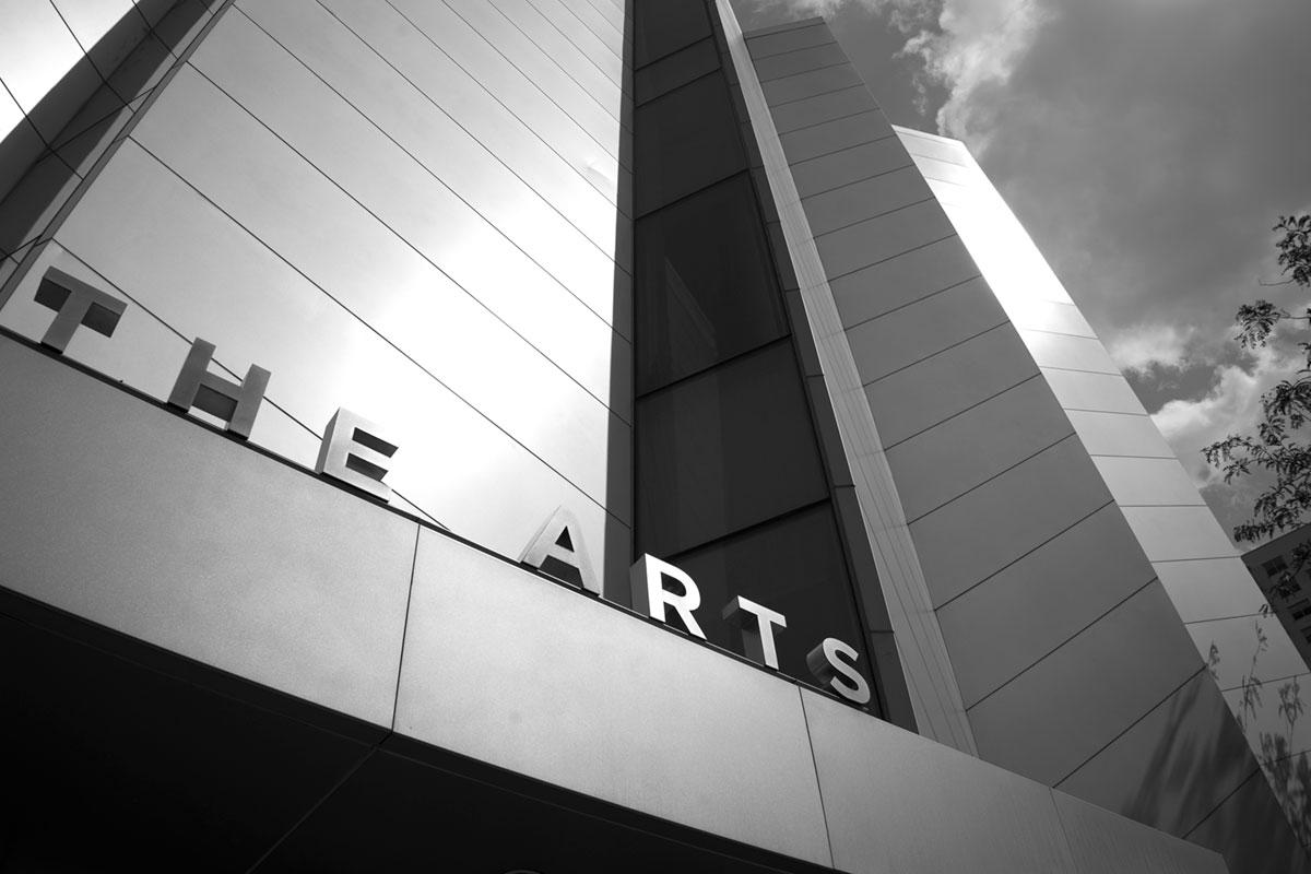 """""""The Arts"""" em f/9 1/1000 ISO100; sem correção e mesmo assim não dá pra notar."""