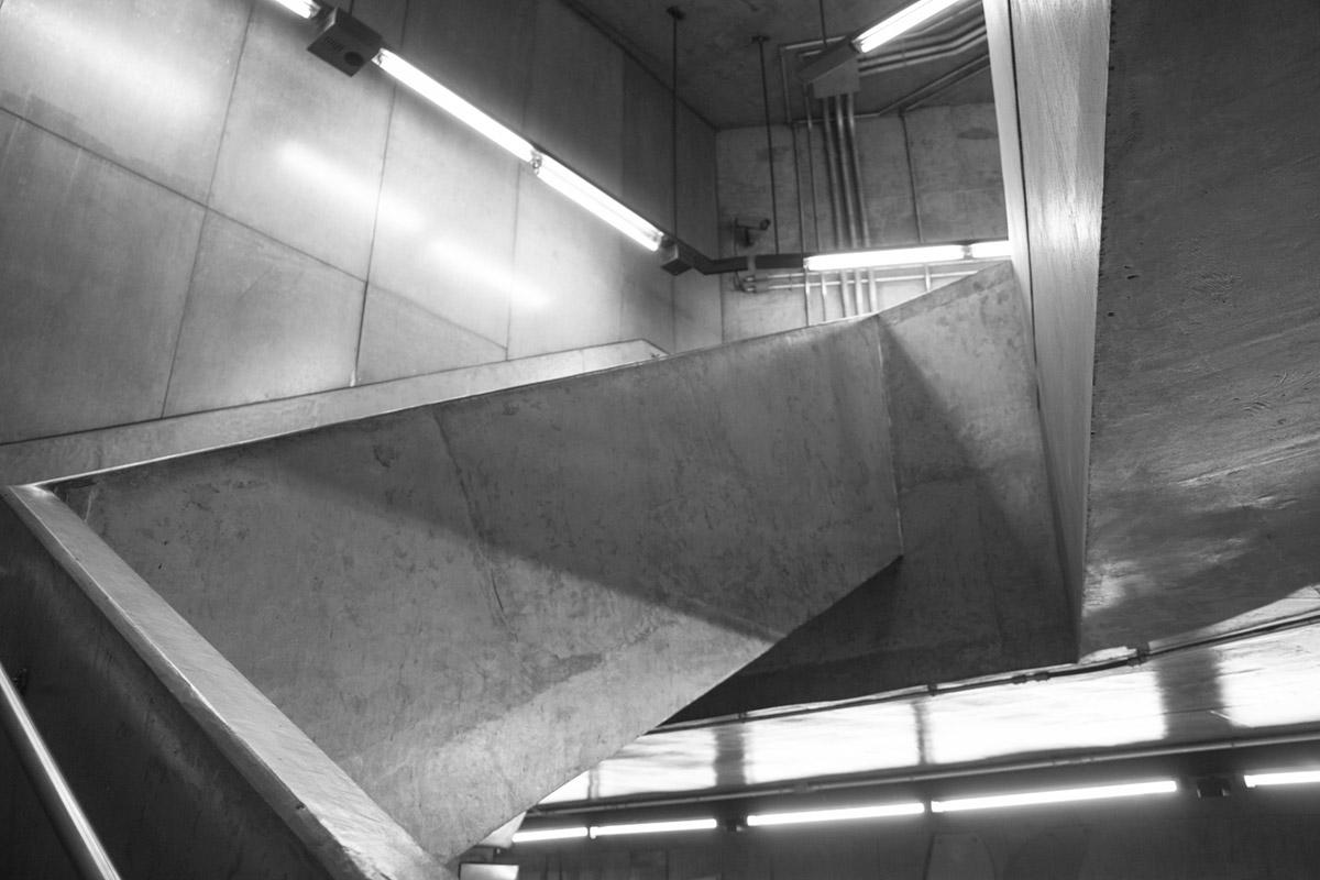 """Concreto"" em f/4 1/30 ISO640 @ 28mm."