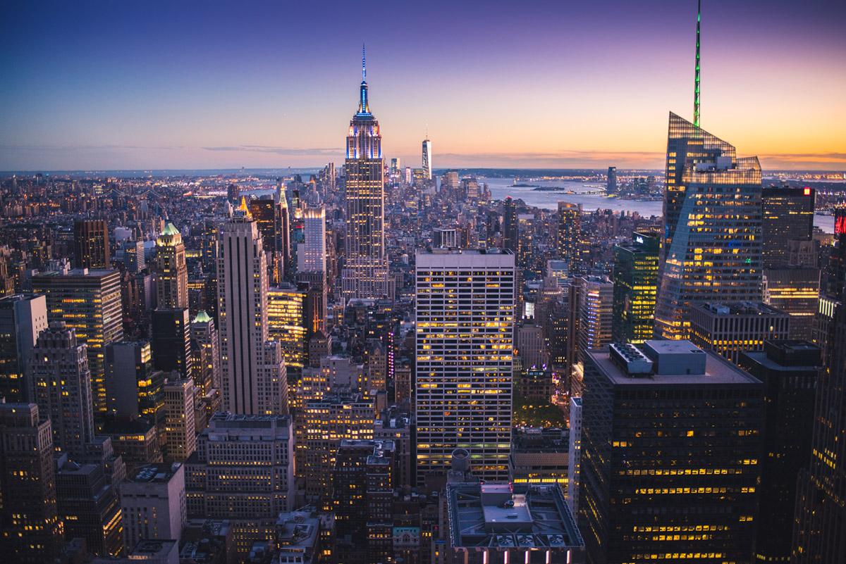 """Manhattan"" em f/1.8 1/100 ISO1000; imagem limpa…"