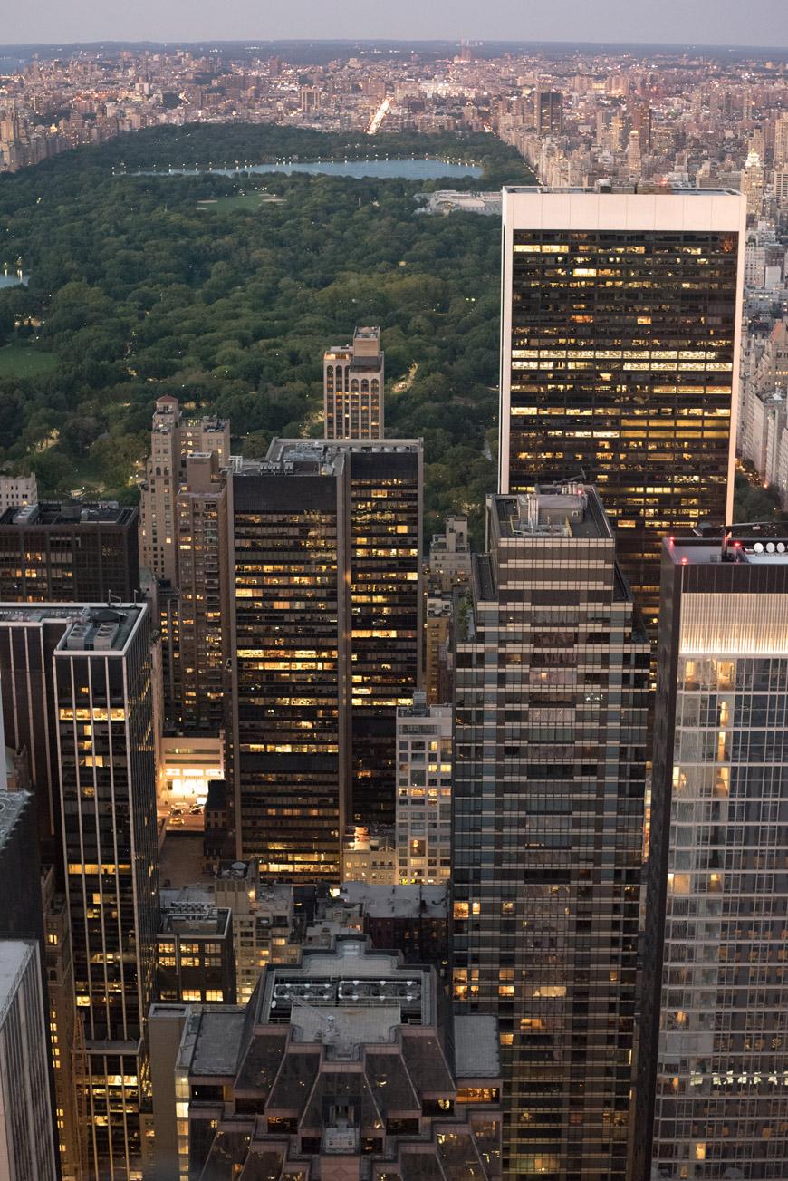 """""""Central Park"""" em f/2.8 1/80 ISO12800; aparência do quadro muda com os pontinhos."""