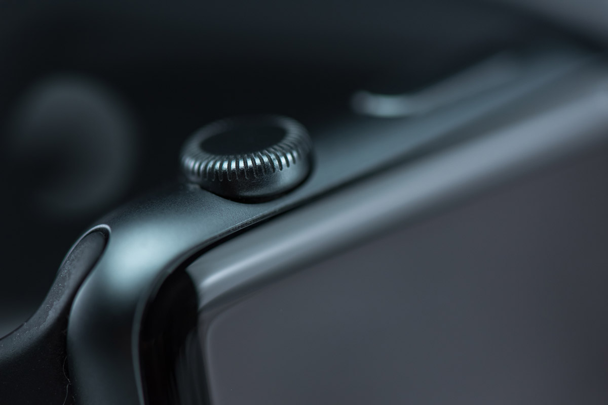 """Apple Watch"" em f/8 1/250 ISO1000 1:1.1."