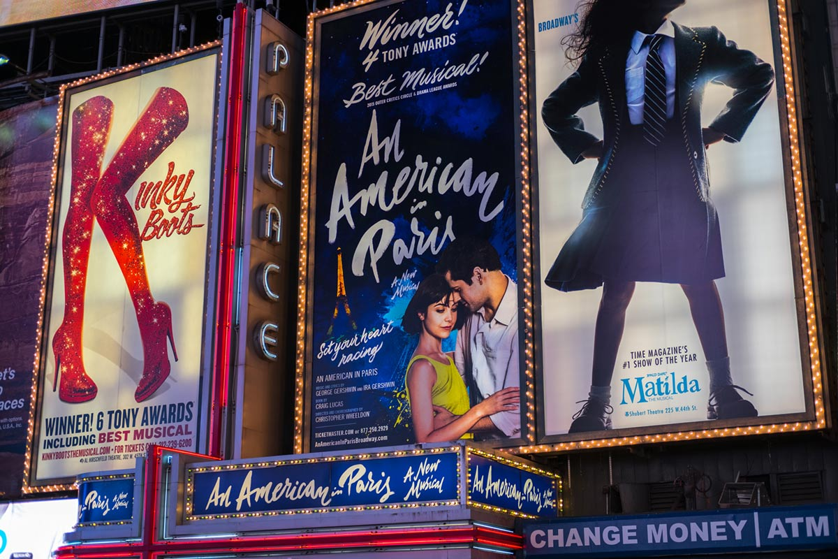 """Musicals"" at f/2 1/250 ISO200."