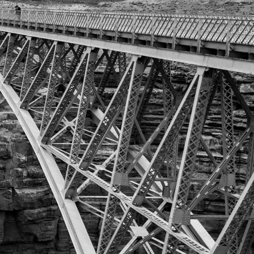 Crop 100%, detalhes nas estruturas da ponte, bem reproduzidos para uma zoom.