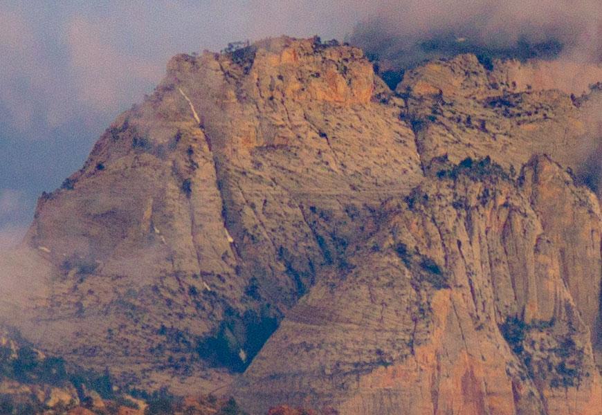 Crop 100%, detalhes para paisagens ao pôr-do-sol, em abertura máxima.