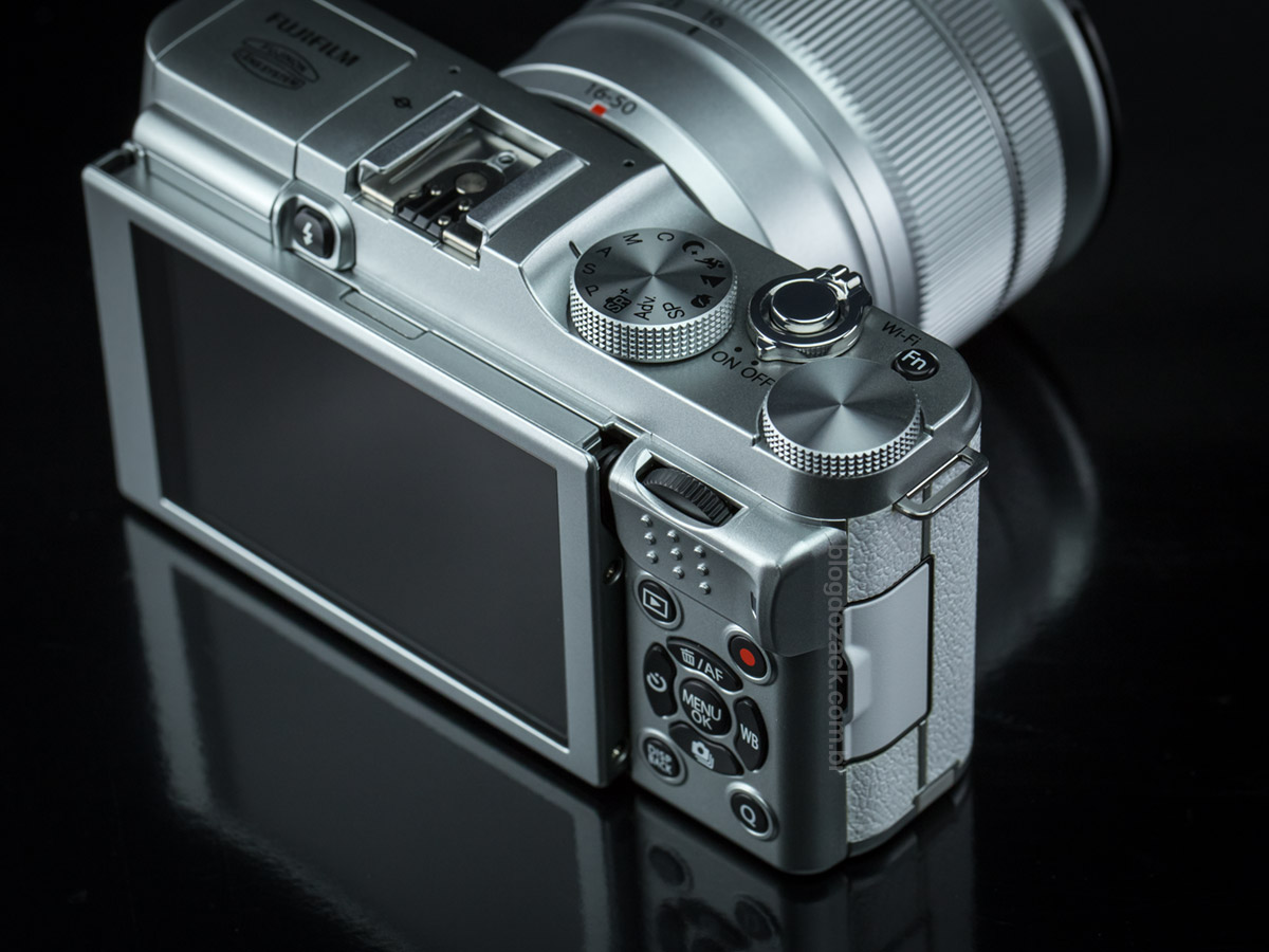 Fujifilm X-A2