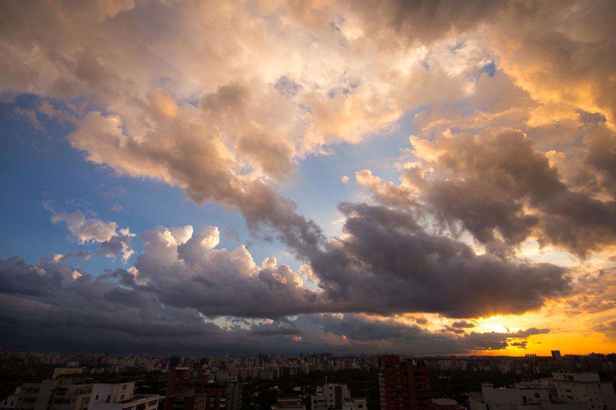 """""""S Sunset"""" em f/2.8 1/1000 ISO100 @ 11mm."""