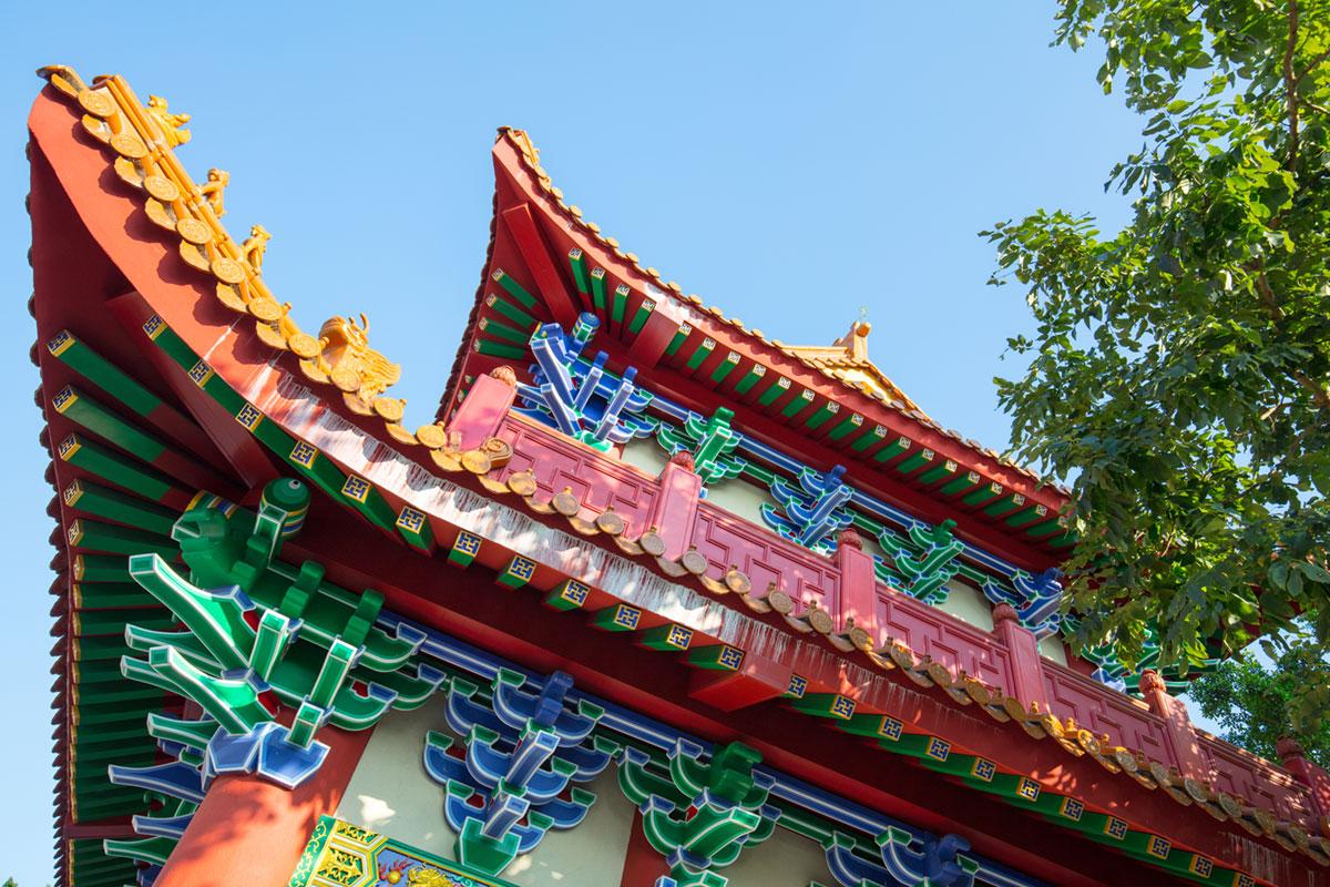 """""""Po Lin"""" em f/8 1/100 ISO100 @ 24mm; cores perfeitas da ciência da Canon EOS."""