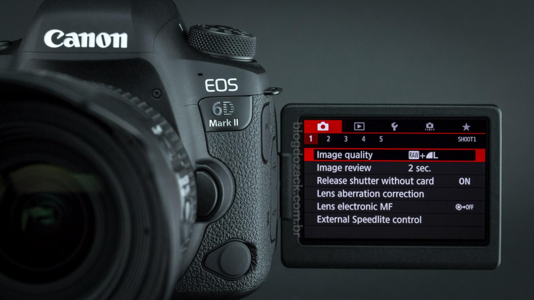 Canon EOS 6D Mark II LCD