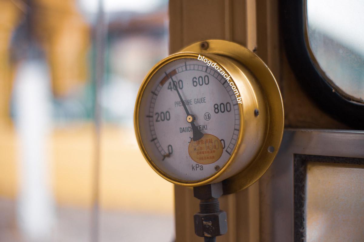 """""""Pressão"""" em f/1.8 1/1000 ISO100."""